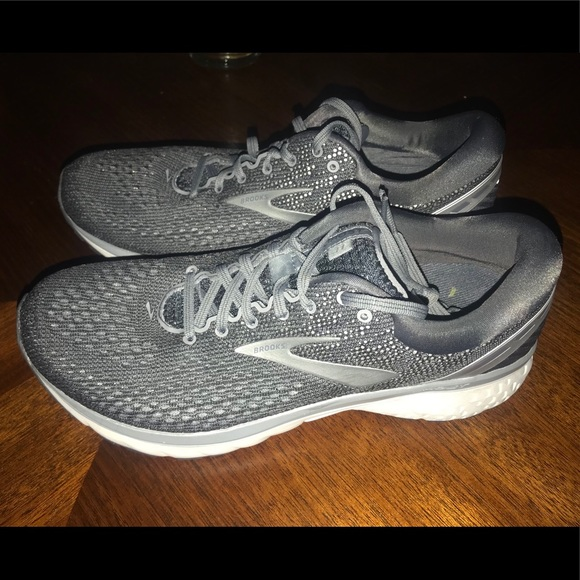 8b3db40b971 Brooks Other - Men s Brooks Ghost 11 running shoes
